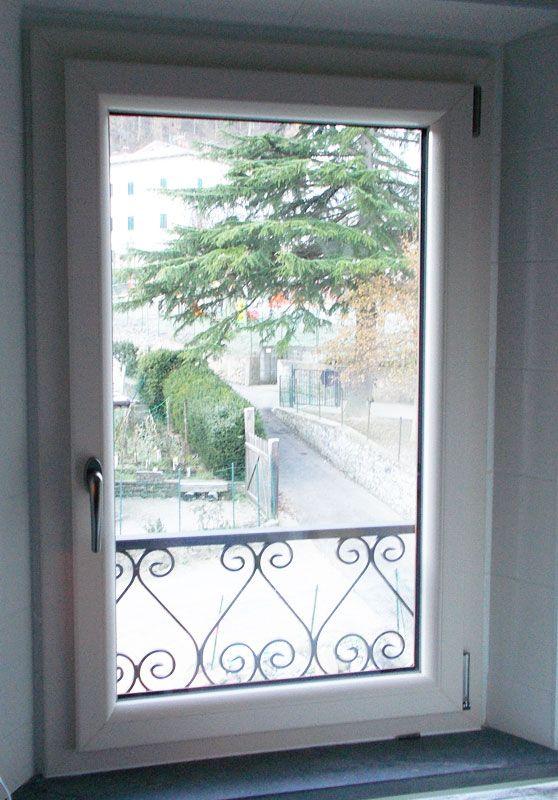 Finestre in pvc - Parapetto finestra ...